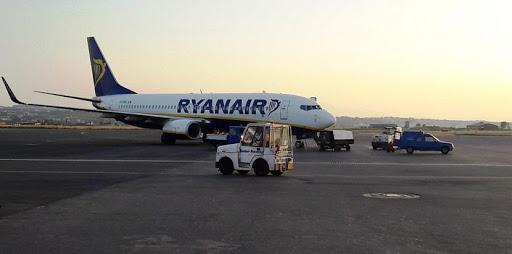 Koronaios: Apolymainoun aeroskafos tis Ryanair sti THessaloniki