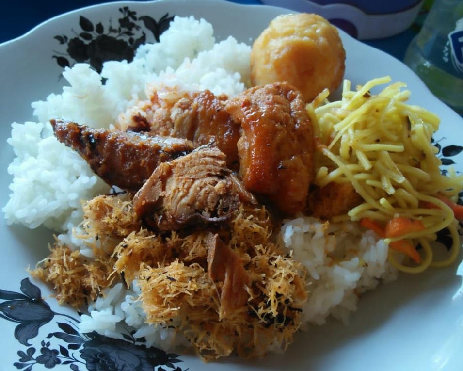 Nasi Kobel, Kuliner Unik Khas Kabupaten Sampang - Dharma Camplong