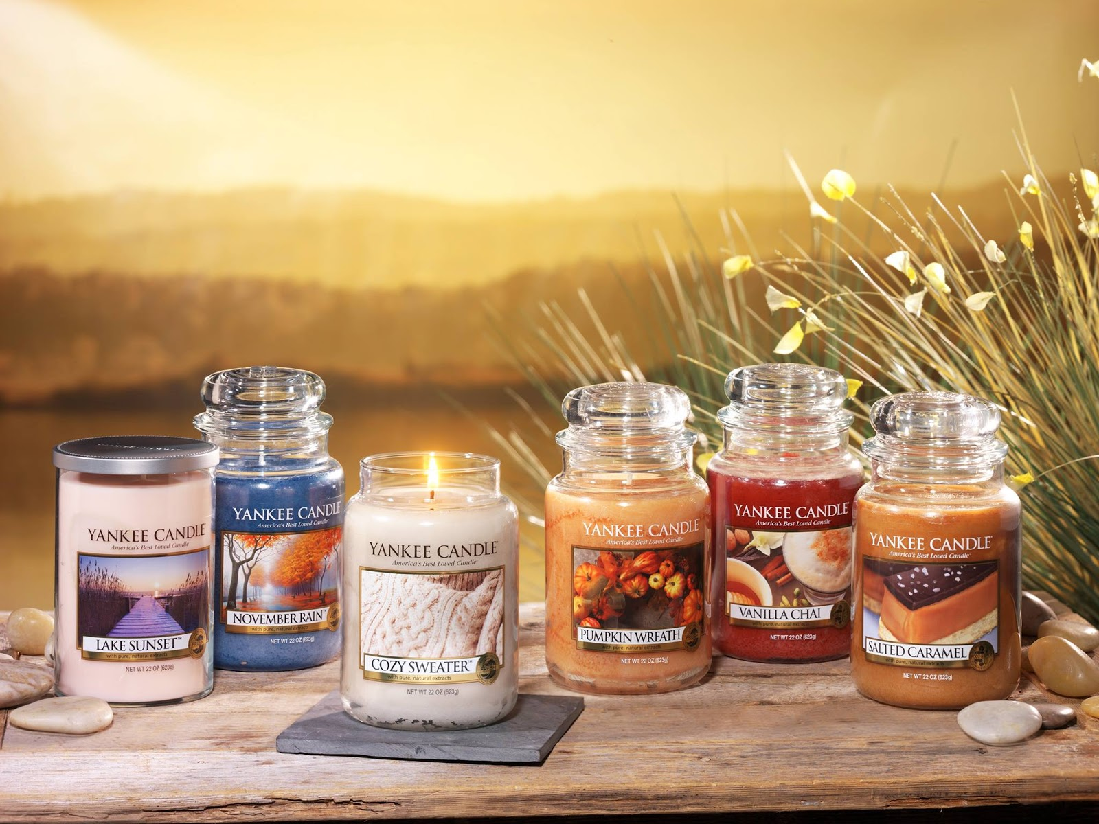 'Tis The Season: New Yankee Candle Fall Scents For 2013!