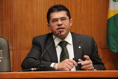 Resultado de imagem para secretário da Casa Civil, Valdetário Monteiro,