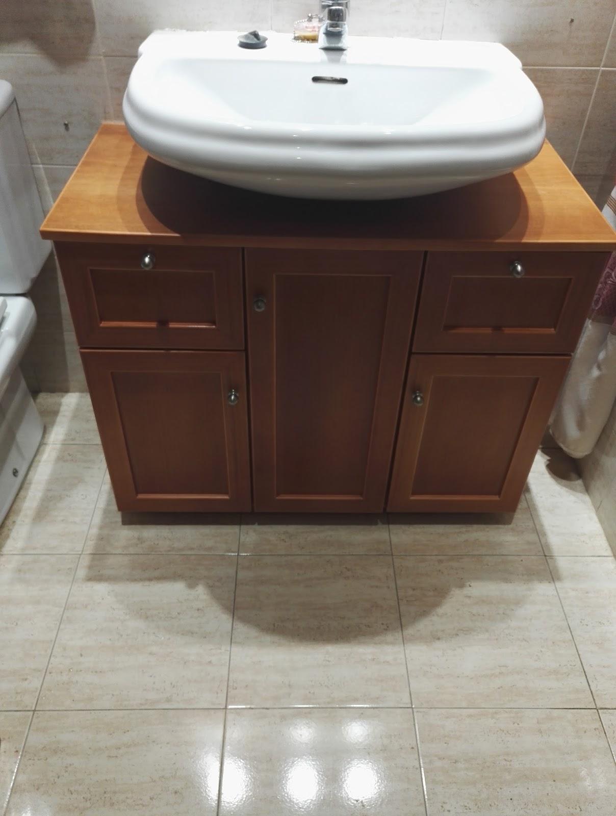 Muebles a medida mueble de ba o bajo lavabo for Muebles de lavabo a medida
