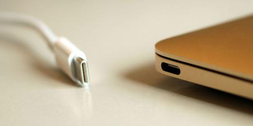 7 Keunggulan USB Type C yang Wajib Kamu Ketahui