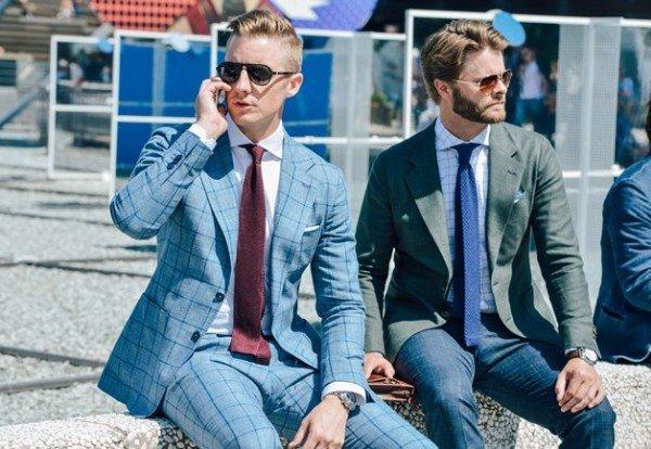 Hình ảnh các chàng trai cùng với chiếc áo vest theo phong cách Ý