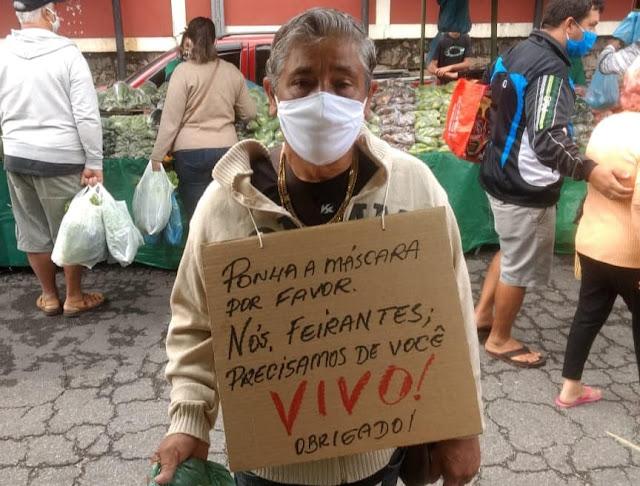 Campanha pelo uso de máscaras em Petrópolis na Feira Livre