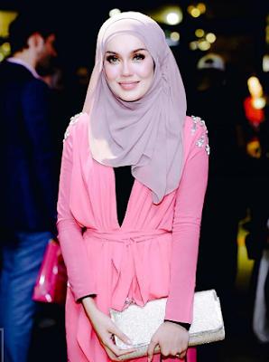 profile uqasha senrose 2016