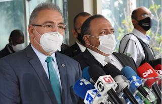 Queiroga culpa ex-ministro Pazuello por falta de 2ª dose da Coronavac