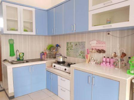 Desain Lemari dapur dinding