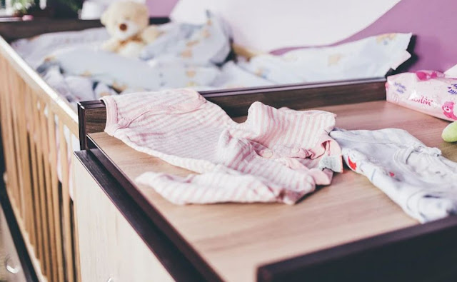 cara-melipat-pakaian