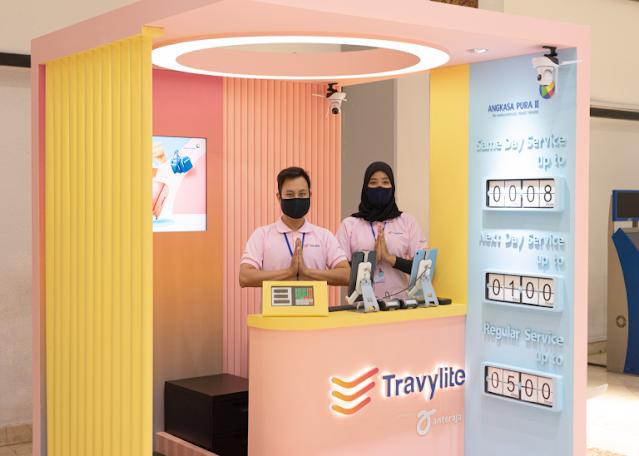 Travylite Anteraja layanan bagi penumpang pesawat yang kelebihan berat barang bawaan.