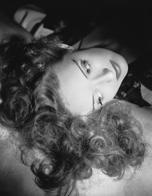 1939. Bette Davis photographed by George Hurrell