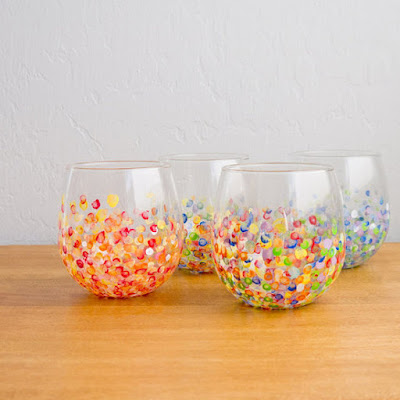 http://www.popsugar.com/smart-living/Cute-DIY-Tumblers-26123676