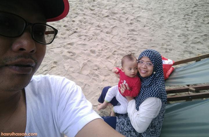 Bersantai Pagi di Pantai Teluk Batik - Satu Percutian Tidak Dirancang