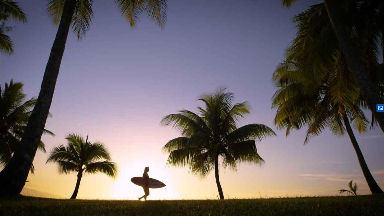 tatiana weston web surfer tahiti 12