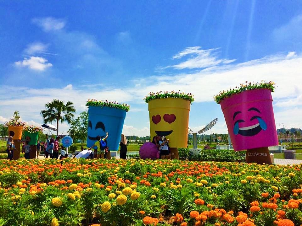 Lanskap Taman Yang Menarik Di Ecoworld Gallery Eco Tropics 5 Minit Dari Hrpg
