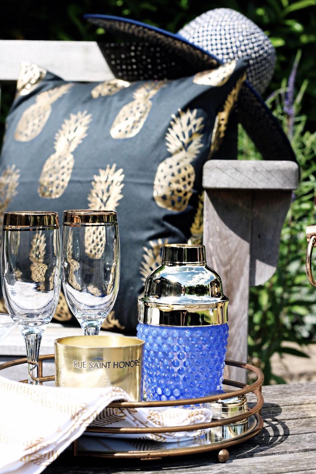 Summer Patio Drinks Blog Styling