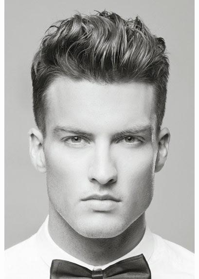 Corte de cabello con copete hombre