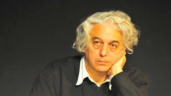 «Ολόκληρος μια μνήμη»… – Έφυγε από τη ζωή ο ποιητής Γιώργος Κακουλίδης