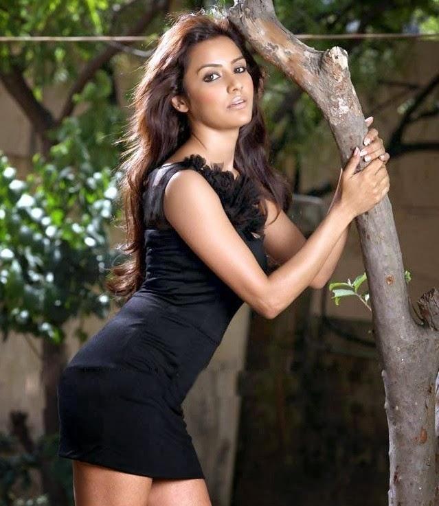 Priya Naked Pics