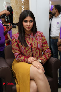 Actress Mannara Chopra Pictures at Natural Salon Launch  0069.JPG