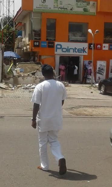 Photos: Panic as FCT administration begins demolition of structures in Abuja after 24 hour notice