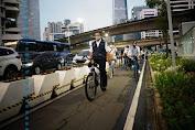 Jalur Road Bike di Sudirman-Thamrin Buat Hobi Atau Transport? Ini Kata Anies