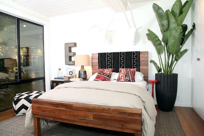 dormitorio con planta de tamaño muy grande
