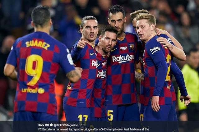 Through WhatsApp, Messi Leaks to Neymar Plans to Leave Barcelona