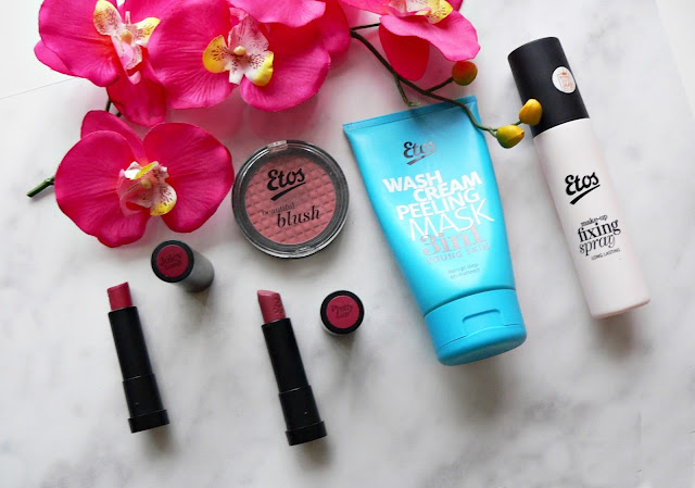 Etos, make-up, beauty, review, swatch, lipstick, etos color care  lipstick, juicy gossip, pretty liar, etos beautiful blush, sun loving sand, etos wash cream peeling mask 3 in 1, etos make-up fixing setting spray