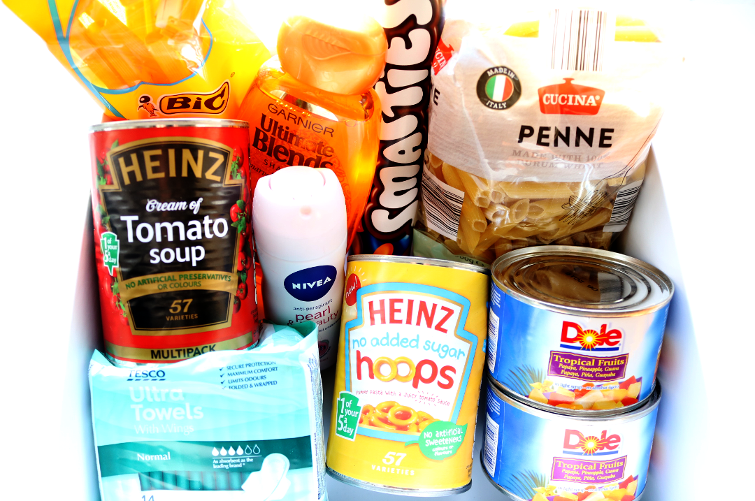 How To Make A Reverse Advent Calendar for Your Local Food Bank #foodbankadvent