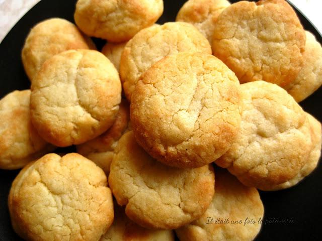 Les Helenettes Des Biscuits Moelleux Il Etait Une Fois La Patisserie