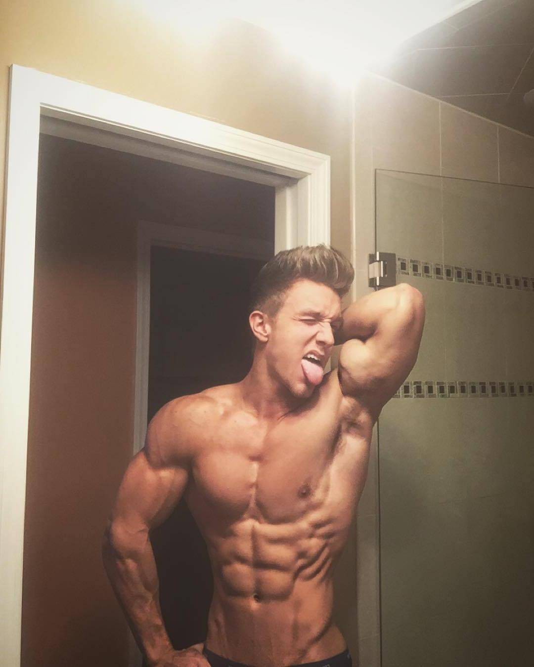 shirtless-sexy-muscle-worship-james-liss-licking-biceps-ripped-body