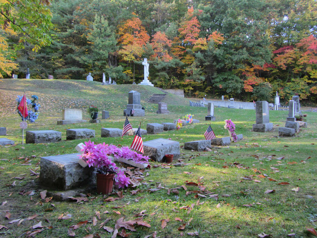 Cemetery along the Indian Trail at Watkins Glen State Park