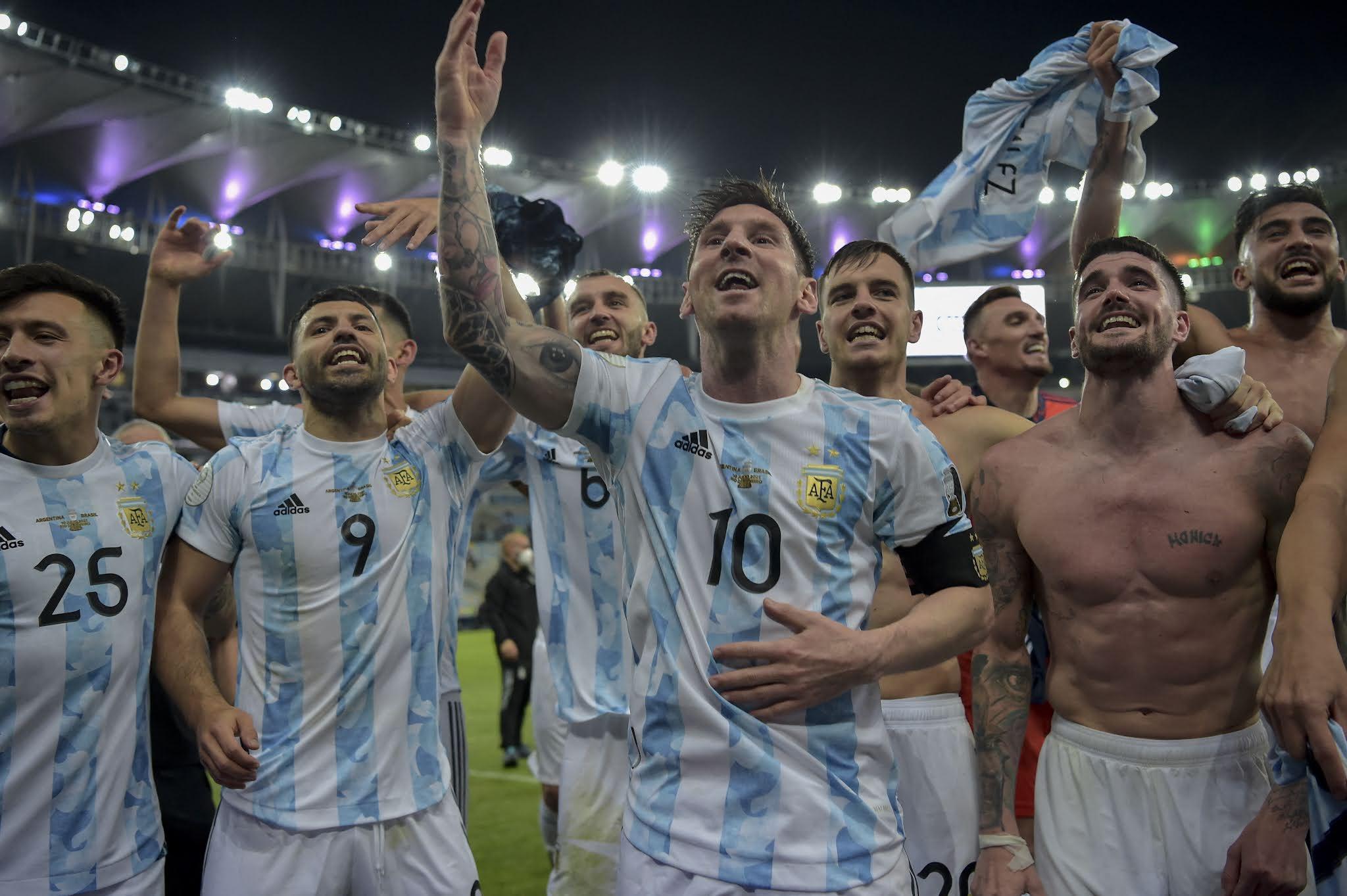El TAS rechazó el pedido de la Liga de España y habilitó el viaje de los jugadores convocados para disputar las eliminatorias