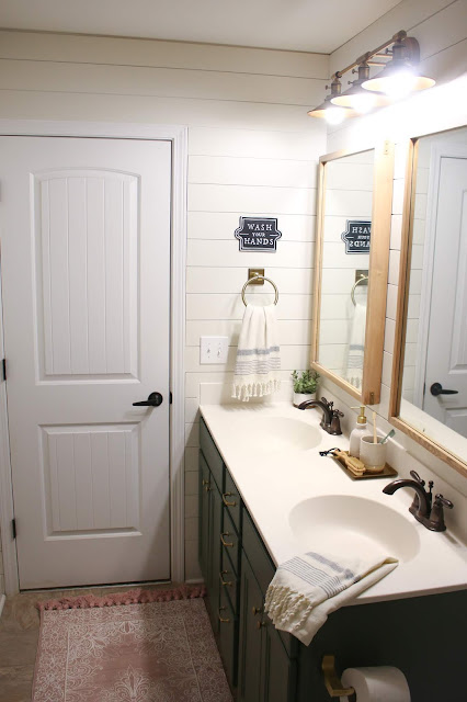 A modern farmhouse budget-friendly bathroom renovation