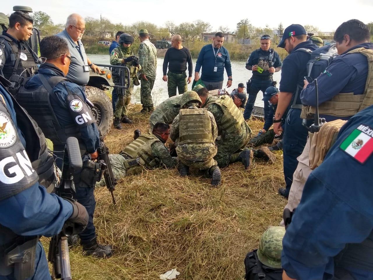 Mueren ahogados cuatro militares al caer su vehiculo a un canal durante una persecución en Tamaulipas