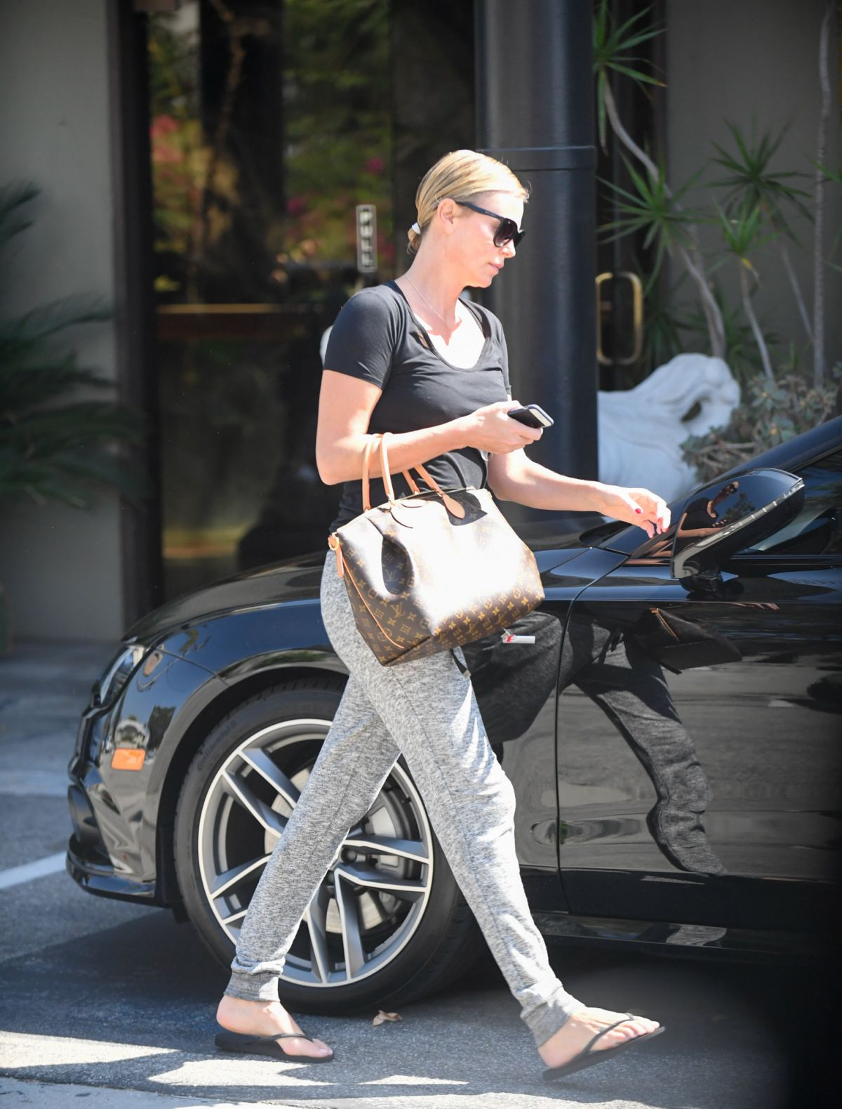 Photos of Charlize Theron Leaves A Spa In Koreatown