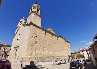 Cinctorres y su Parroquia de San Pedro.