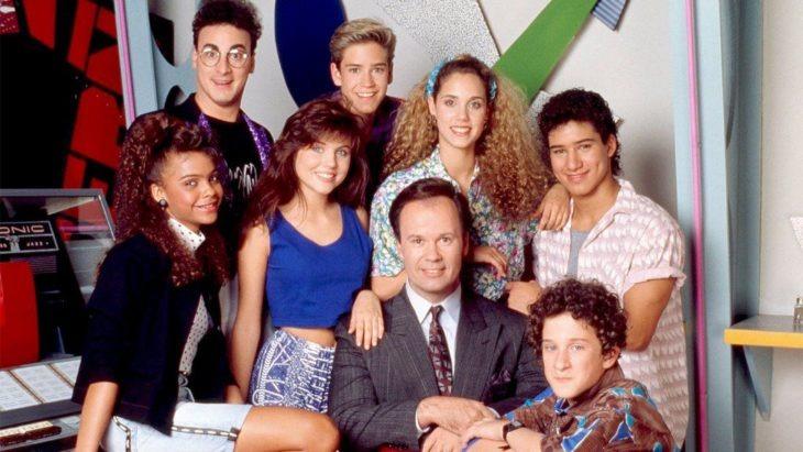 Así luce el elenco de 'Salvados por la Campana' 31 años después de haberse estrenado