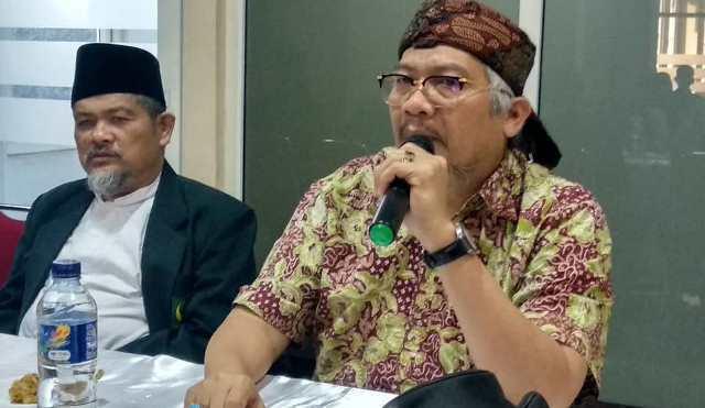 Abu Janda Disemprot MS Kaban: Sampeyan Eggak Ngerti Apa Arti Islam?
