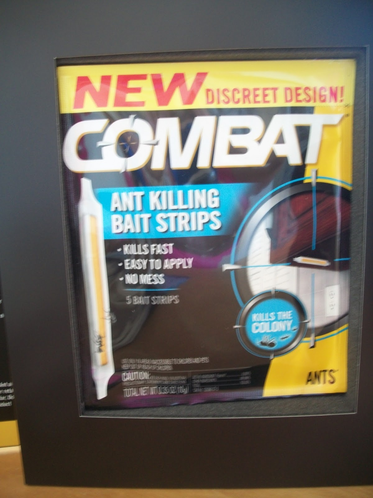 Mom Knows Best : Combat Ant and Roach Killing Bait Strips and a Giveaway