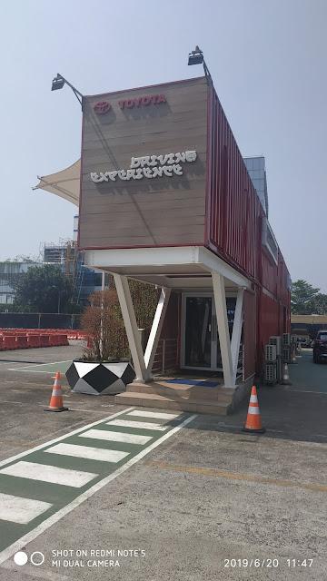 di Jalan Gaya Motor, Sunter. Jakarta Timur