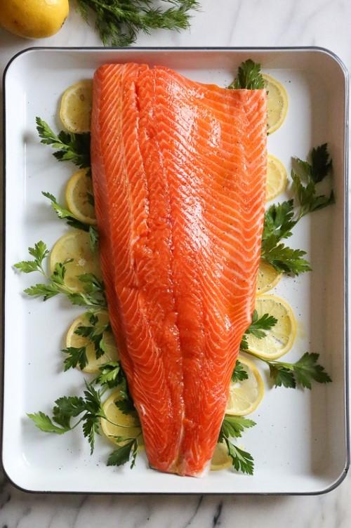 Diet dengan Konsumsi Salmon