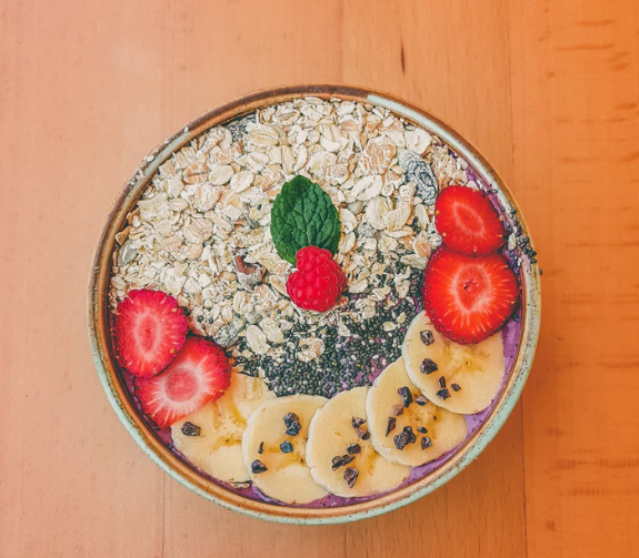 What is oatmeal and what are the benefits of oatmeal