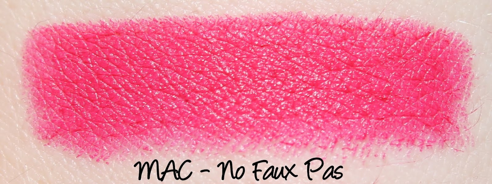 MAC Heirloom Mix Lipsticks - No Faux Pas Swatches & Review