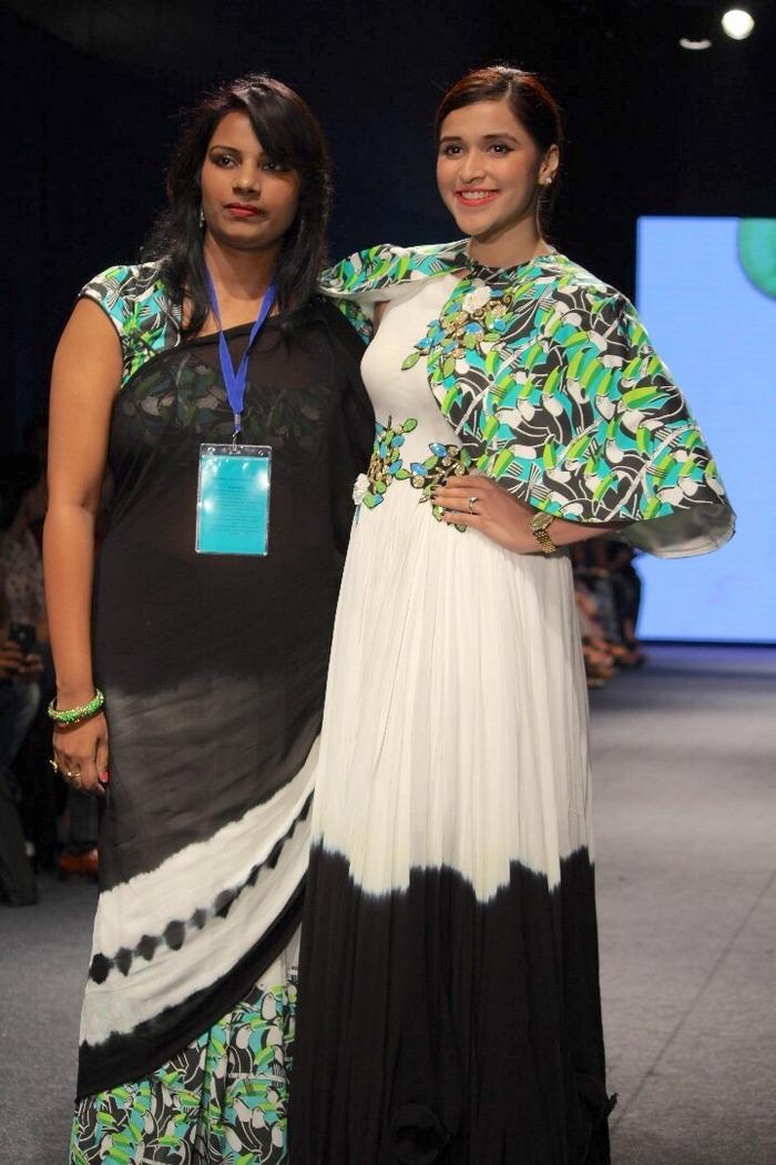 Mannara Chopra Latest Photo Gallery