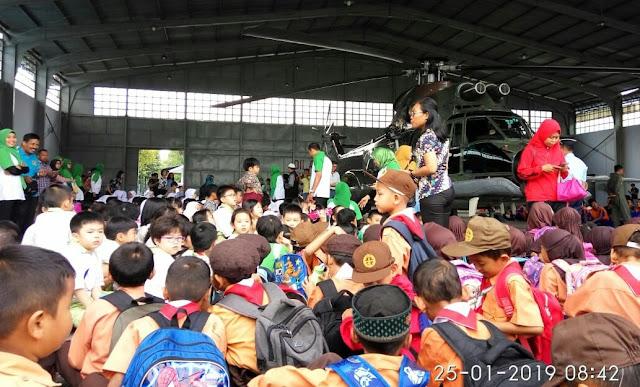 Ribuan Siswa Serbu Hanggar Lanud Soewondo Medan, Ini Penyebabnya