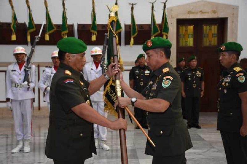 Pangdam III/Siliwangi Pimpin Serah Terima Jabatan Danrem 061/SK