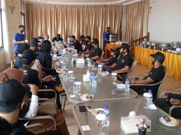 Salman Farisi: Relawan Garda RT Harus Sampaikan Program Rahmad - Thohari Pimpin Balikpapan