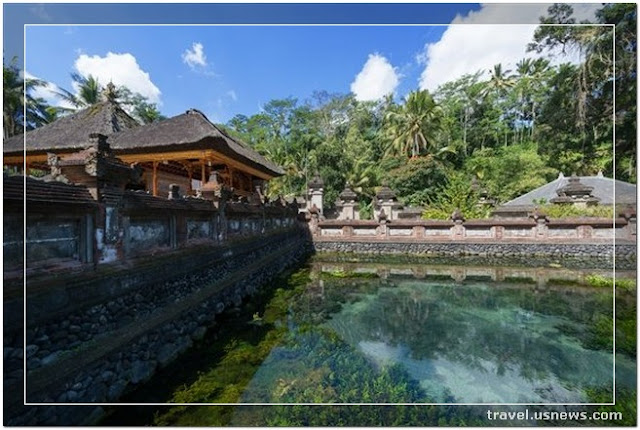 Tirta Empul Temple - Top 7 Best Places to Travel in Bali, Indonesia at Least Once