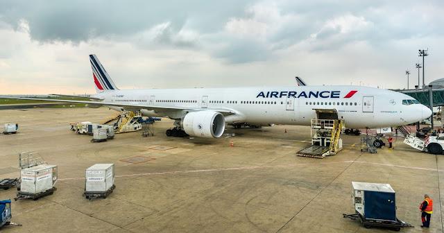 وفاة طفل متجمدا داخل تجويف عجلات طائرة قادمة من افريقيا نحو اوروبا